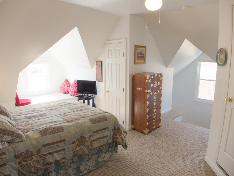 1831 Oxford Ave SW – Attic Bedroom