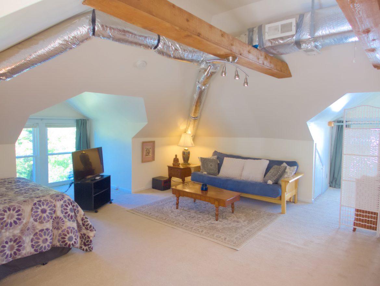 1843 Oxford Ave SW – Attic Bedroom